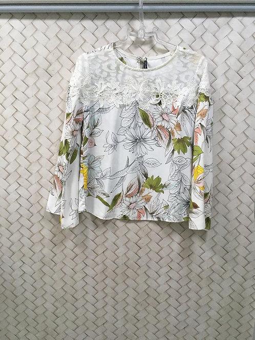 Blusa Floral Com Guipir MISS.COM