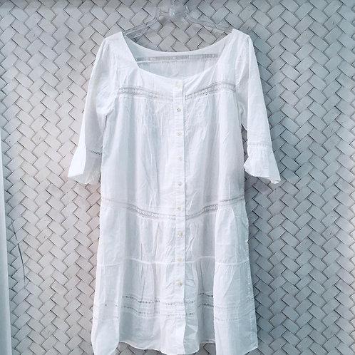 Vestido Branco com Renda ELEMENTAIS