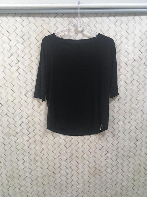 T-shirt Preta LUNENDER