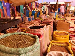 Epices souk Maroc.jpg