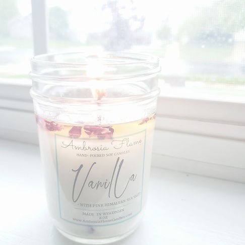 Beautiful Vanilla Scented Soy Candle.jpg