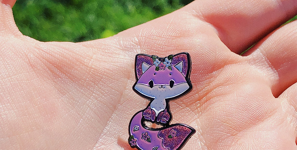 Sparkly Fox Pin