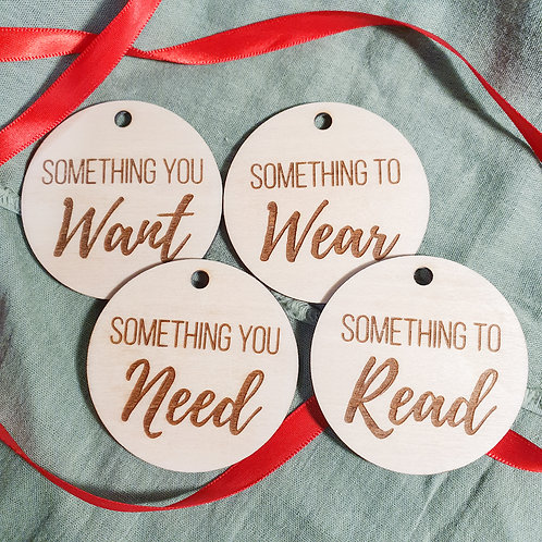 Wooden Christmas Gift Circles 🎁 - 4 Pack