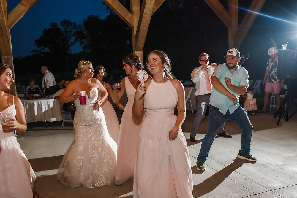 Rossville, GA Wedding | Covey Creek Farms | Chattanooga, TN Wedding Photographer | Caitlin D. Photography