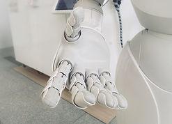 Expert program in using technology for design