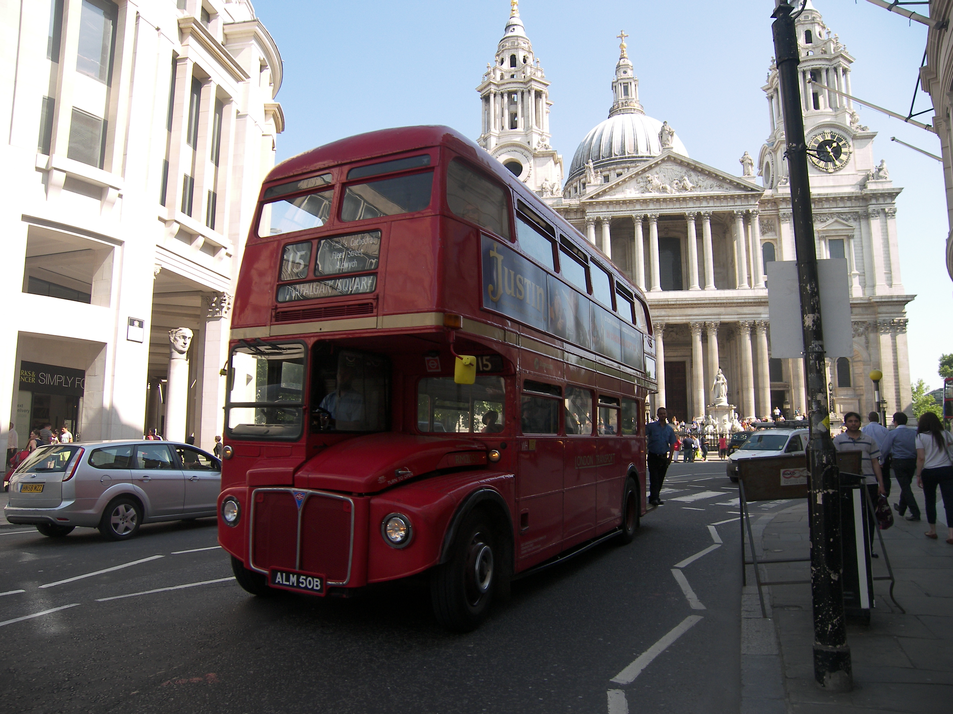 15 Bus to Trafalgar Square