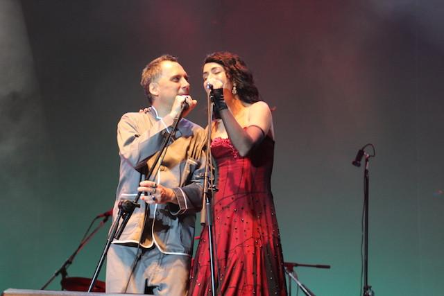Arnaldo Antunes e Marisa Monte no Natura Musuical