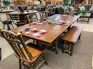 amish table.jpg