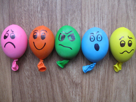 3 Fun and Easy Ways to Play with Balloons
