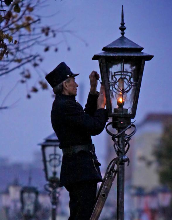 Уличное освещение городов в прошлом