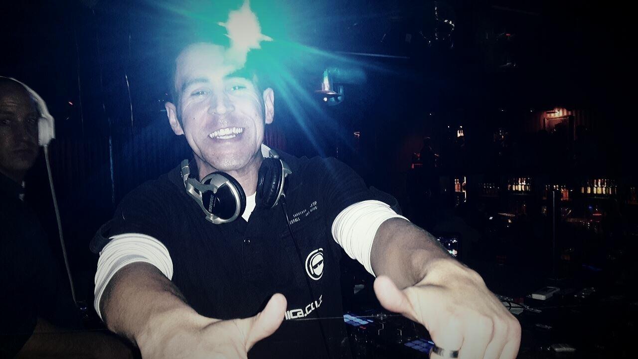 DJ Renn
