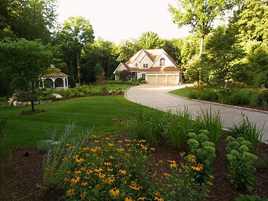Alabama Lawn Care Experts is located in Montgomery and they provide Quality Lawn Care, Grass Cutting in the Montgomery, AL, Areas.  Weed Control, Lawn Mowing, Grass cutting in Montgomery, Nominated Top 3 Best Lawn Care Company in Montgomery, Commercial Lawn Service, Residential Lawn Service in Montgomery, AL, Pinestraw Installation, Lawn Care Companies in Deer Creek, Lawn Care Services in Towne Lake, Lawn Care Service Company in Lake Forest, Free Estimates, Church Lawn Care Companies, Bidding on Lawn Care Services, Montgomery Lawn Care Service, Montgomery Lawn Care Companies, Grass Cutting Companies