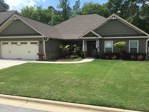 www.alabamalawncareexperts.com, Grass, Lawn Mowing, Lawn Care, Shrub Trimming, Deer Creek, Lake Forest, Town Lake, Montgomery, Pike Road, Alabama Lawn Care Experts, Property in Montgomery, Commercial Lawn Care, Residential Lawn Care, Montgomery, Grass, Cutting Grass, Mowing Grass, www.alabamalawncareexperts.com lawn company in Montgomery, AL