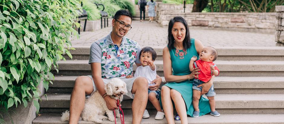 Family Photos at Paletta Lakefront Park -  Burlington, Ontario