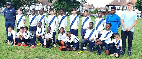 UNDER 10'S AND UNDER 11'S TEAM WITH MANA