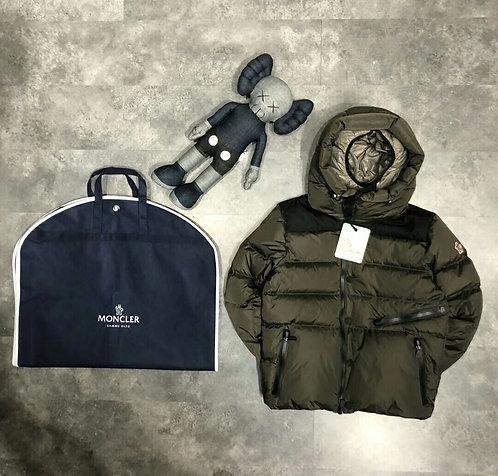 [moncler] 몽클레어 스키컨셉 패딩 A14186332