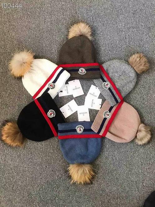 [moncler]몽클레어 남녀공용 양털니트 모자 H10038632
