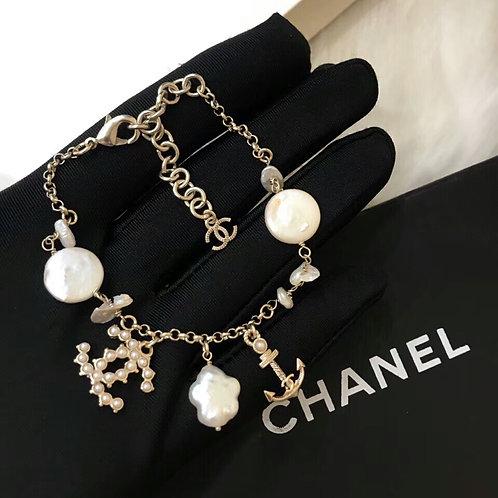 샤넬 Chanel 더블C 빈티지 스타일  브레슬릿 F01057145