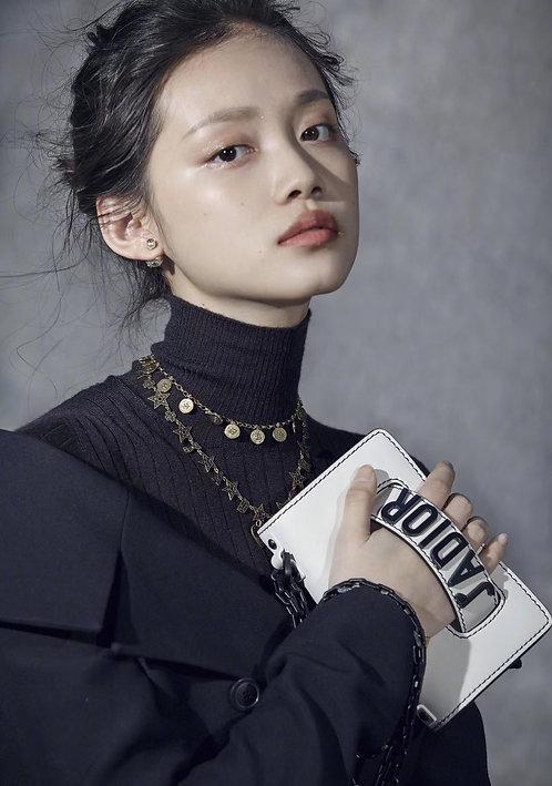 [Dior ]#디올 19ss 울트라 화이트 J'ADIOR 백 18cm C08178140