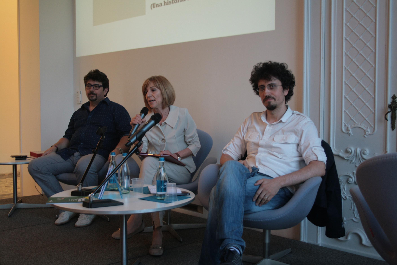 Laura Garavaglia introduce l'incontro