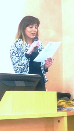 Alessandra Corbetta legge i poeti