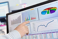 Analyzing-investment-data-on-a-computer-