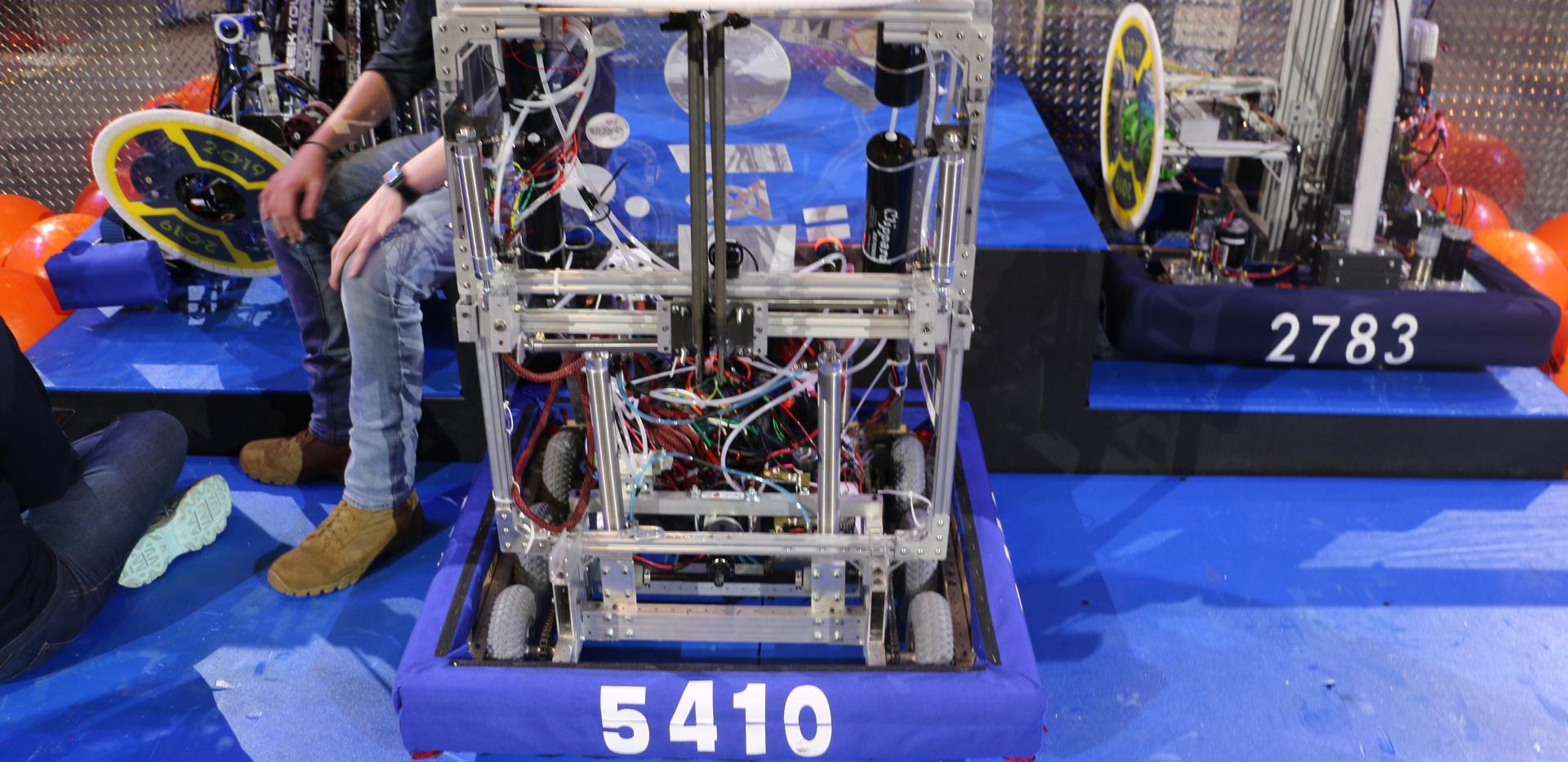 Robot at Start.JPG