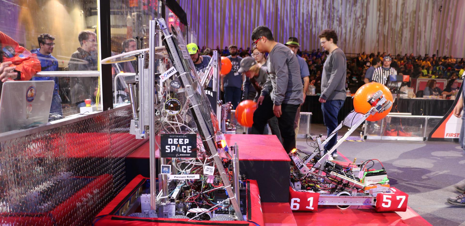 Robot on Hab.JPG