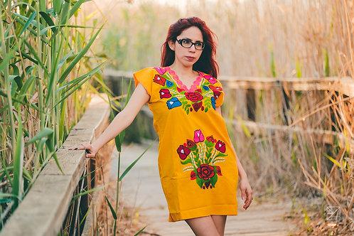 Coztic (Vestido amarillo)