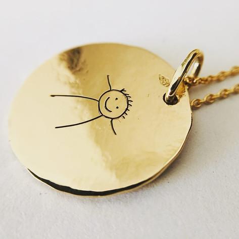 Médaille en or 750/1000, gravure personnalisée