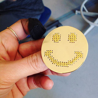 """Le pin's """"happy face"""" d'Antho"""