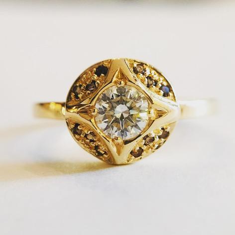 Bague en or 750/1000, diamant et quartz fumés