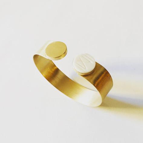 Bracelet en vermeil et os, gravure main