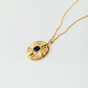 Médaillon en or 750/1000, quartz fumé et diamants
