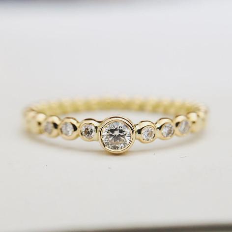 Bague or 750/1000 et ses diamants