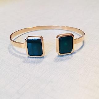 Le bracelet en or et  chrysoprase de Bilou