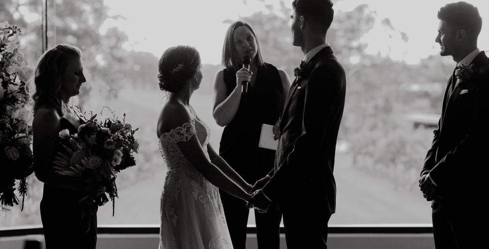 Wedding, Bride, Groom, Enzo Weddings, Hunter Valley Celebrant, Newcastle Celebrant, Fun Ceremony, Vows, I Do's