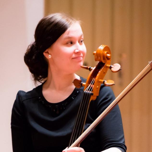 芬兰大提琴家 Erika Aino-Emilia Siurua