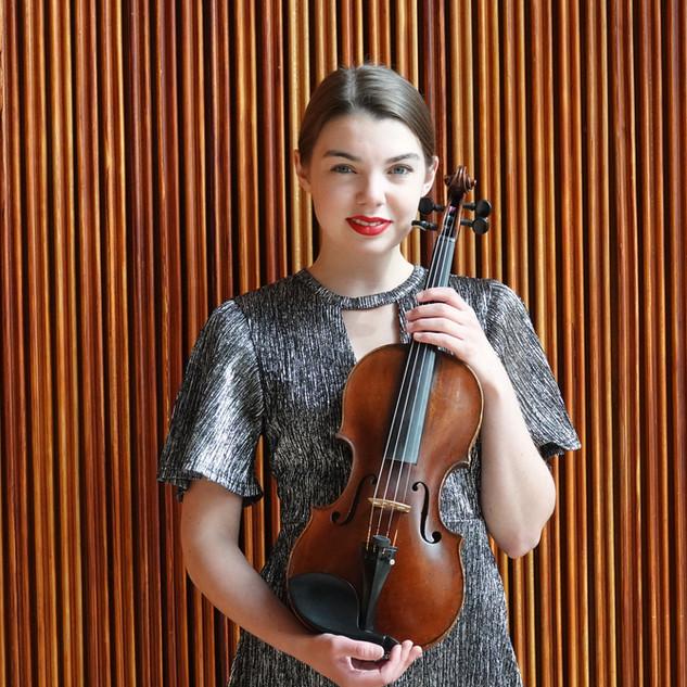 瑞典小提琴家 Clara Arvidsson