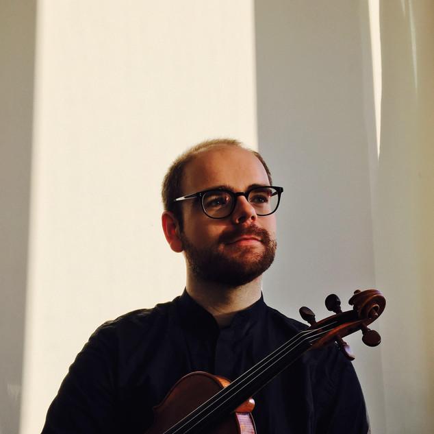 英国小提琴家 Jake Phillips