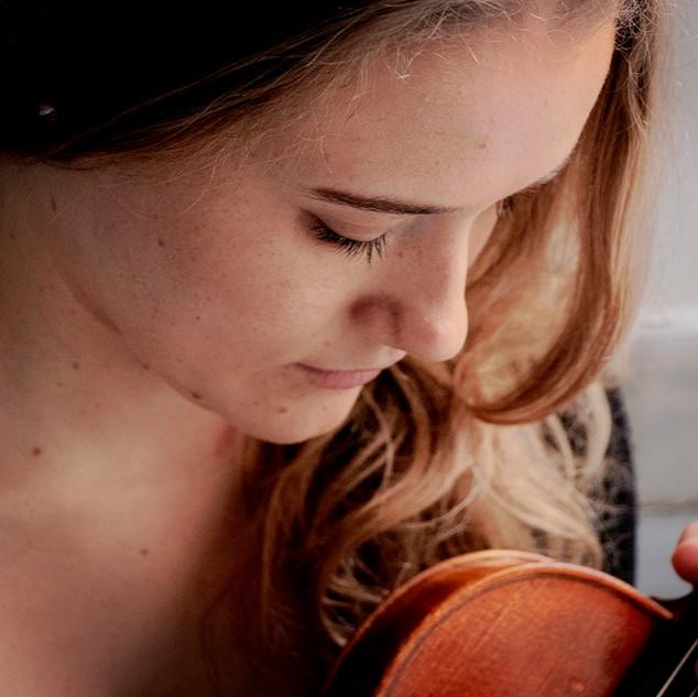 丹麦小提琴家 Mirjam Teresa Petersson