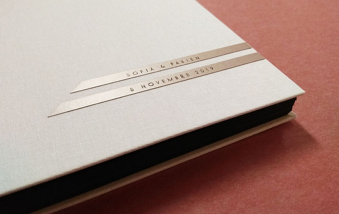 album photos de mariage personnalisé livre d'or atelier de reliure artisan relieur amélie guédon cholet nantes