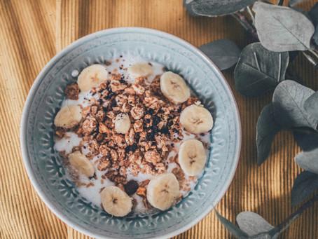 Bowl de Kéfir, Muesli y Plátano