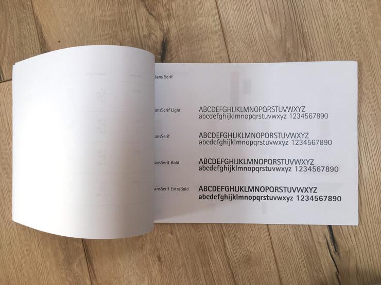 Manuale progetto di segnalateci store La Feltrinelli