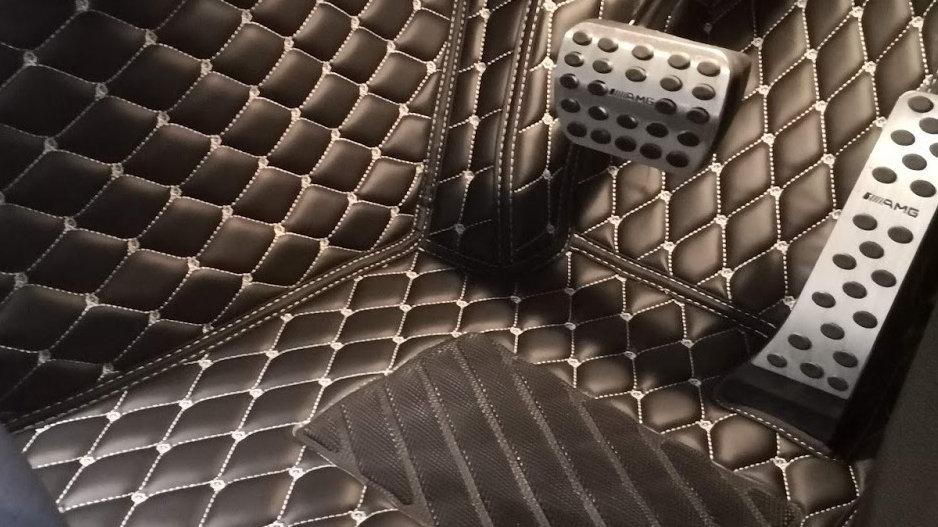 L Grade - 極尚頂級PU皮地毯 (五人車)