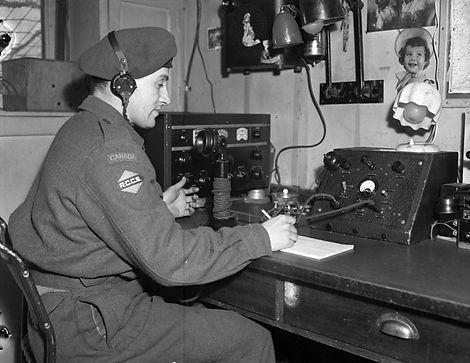 Radio.jfif