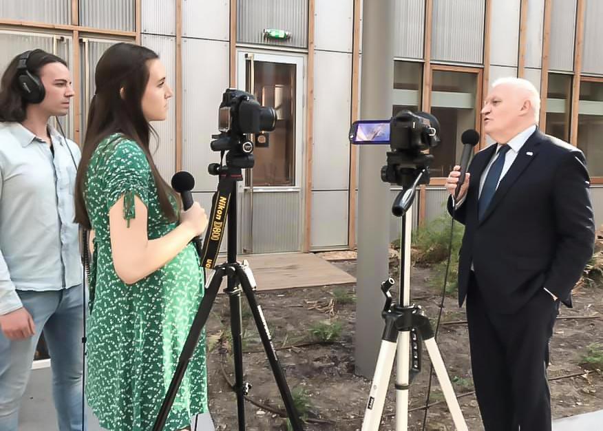 Dominique de Witte et Viky de Witte en interview avec François Asselineau de l'UPR, le 21 mars 2019 à Sciences Po Bordeaux.