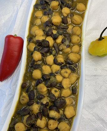 Sasu Curry Garbanzo (ChickPeas) & Black Beans