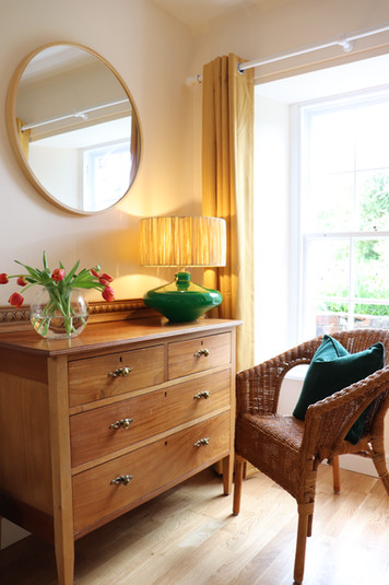 "Holiday Cottage ""Summer Bedroom"" 2"