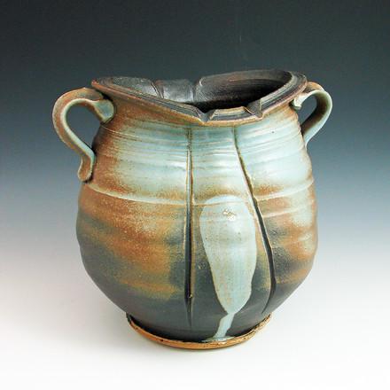 vase maybe.jpg